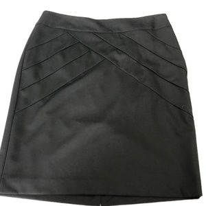 The Limited Women's Skirt Black Size 6